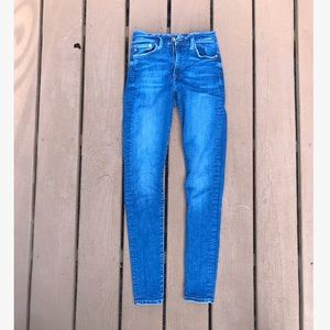 Mid Rise Skinny Fit Jeans